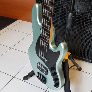 Sandberg California TM4 Nighthawk Plus Bass Guitar