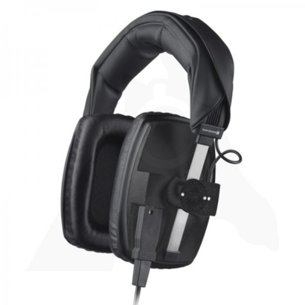 Beyerdynamic DT 100 studio headphones
