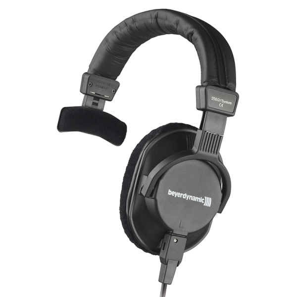 Beyerdynamic DT 252 studio headphones