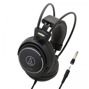 "Audio-Technica ATH-AVC500 closed-back ""Home Studio"" headphones"
